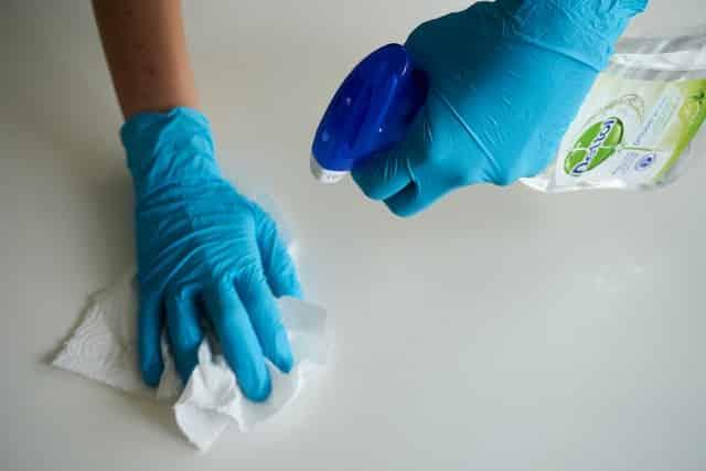 Rengøring Glostrup – få værelset til at skinne